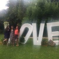 Photo taken at jardin brenna by Joss M. on 8/6/2016