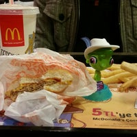 Photo taken at McDonald's by Vampirequeen on 12/29/2014