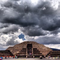 Photo taken at Zona Arqueológica de Teotihuacán by Raul R. on 6/29/2013