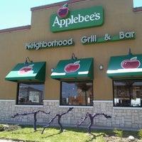 Photo taken at Applebee's by V M B. on 7/16/2012