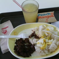 Photo taken at Jollibee by Mucho P. on 11/15/2014