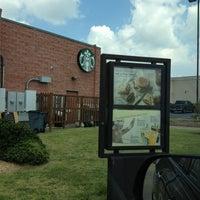 Photo taken at Starbucks by Vancler S. on 8/18/2013
