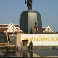 Photo taken at Phraya Pichai Dab Hak Monument by Mio Mio M. on 5/5/2016