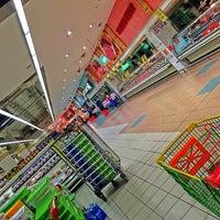 Photo taken at Lulu Hypermarket لولو هايبرماركت by Kansas W. on 9/18/2015