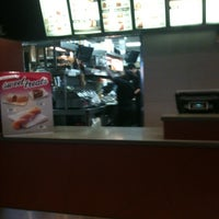 Photo taken at Taco Bell by William G. on 7/12/2013