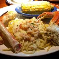 Photo taken at Red Lobster by Steve on 7/28/2016