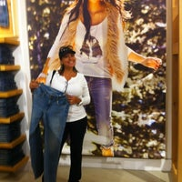 Photo taken at American Eagle Outfitters by Alicia G. on 11/1/2013