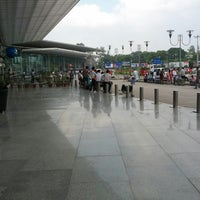 Photo taken at Chaudhary Charan Singh International Airport (LKO) by Shakti S. on 10/18/2013