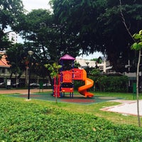 Photo taken at People's Park Hakka Yong Tau Fu by marisaploy m. on 5/3/2014