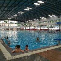 Photo taken at Bể Bơi Olympia Tăng Bạt Hổ by Đỗ Việt Thanh on 5/21/2016