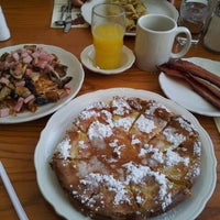 Photo taken at Walker Brothers Original Pancake House by John G. on 12/14/2012