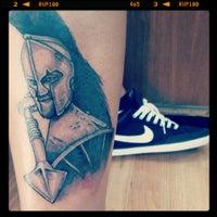 Photo taken at Mustafa Batur Tattoo by Uğur B. on 8/12/2013
