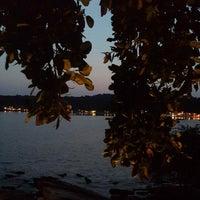 Photo taken at Vimarn Samed Resort Koh-Samed by Frédéric L. on 12/10/2013