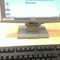 Das Foto wurde bei Staats- und Universitätsbibliothek Bremen (SuUB) von Hatin J. am 12/3/2013 aufgenommen