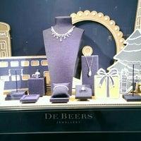 Photo taken at De Beers Diamond Jewelers by Jeffrey W. on 1/2/2016