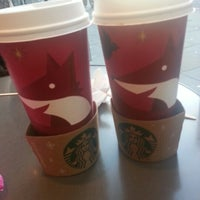 Photo taken at Starbucks by Ming H. on 11/4/2012