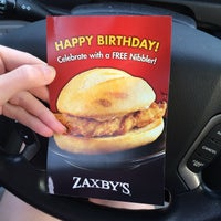 Photo taken at Zaxby's Chicken Fingers & Buffalo Wings by Tiffany G. on 5/23/2014