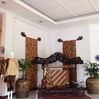 Photo taken at Museum Batik Kuno Danar Hadi by Fiona D. on 10/12/2014