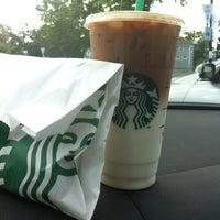 Photo taken at Starbucks by Eingelmann E. on 6/12/2013