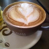 Photo taken at Black Canyon Coffee by Erlangga 9. on 8/24/2013