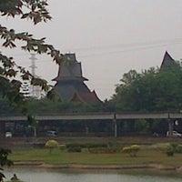 Photo taken at Anjungan Sumatera Utara by Dede F. T. on 10/21/2013