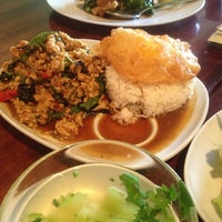 Photo taken at Sabai Sabai Simply Thai by ScorpioKiss on 4/10/2013