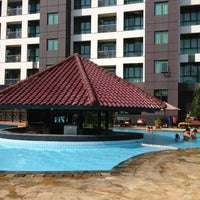 Photo taken at Swimming Pool Kristal Hotel by Citra Kirana C. on 8/11/2013