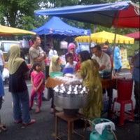 Photo taken at Pasar Malam Taman Bukit Anggerik by Fauzi M. on 10/13/2012
