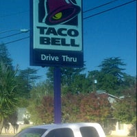 Photo taken at Taco Bell by Larry W. on 11/2/2011