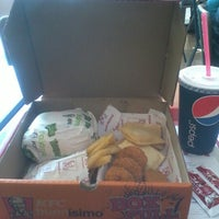Photo taken at KFC - Kentucky Fried Chicken by Pame C. on 9/9/2012
