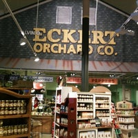 Photo taken at Eckert's Belleville Country Store & Farm by Rebecca P. on 10/22/2011
