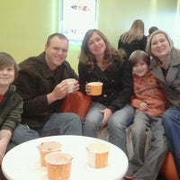 Photo taken at Orange Leaf Frozen Yogurt by Jesse Q. on 1/7/2012