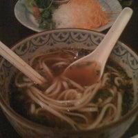 Photo taken at Hana Japanesse Restaurant by winda w. on 4/9/2011