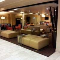 Photo taken at Courtyard By Marriott by AsianPotato on 12/28/2011