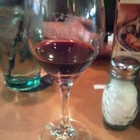 Photo taken at Olive Garden by Melody B. on 11/13/2011