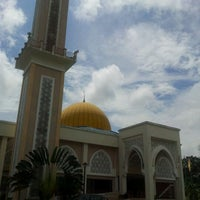 Photo taken at Masjid Sepang by MSAM on 11/12/2011