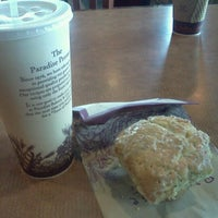 Photo taken at Paradise Bakery & Cafe by Stephanie on 9/4/2011