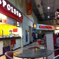 Photo taken at Jacareí Shopping Center by Regiane M. on 11/27/2011