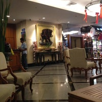 Photo taken at Grand Diamond Suites Hotel by Sparklin(g_T')rs P. on 5/28/2012
