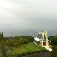 Photo taken at Hilton Odawara Resort & Spa by Ki N. on 6/21/2012