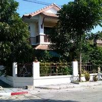 Photo taken at หมู่บ้านลิฟวิ่งนารา by Saksit P. on 6/16/2012