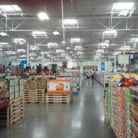 Photo taken at Sam's Club by J H. on 7/20/2012