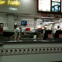 Photo taken at In-N-Out Burger by Nathan Y. on 2/21/2012