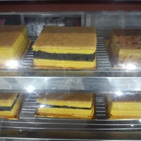 Photo taken at Singapura Bakery & Cake by Laura santi helda P. on 10/24/2015