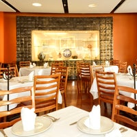 Photo taken at El Cardenal by Restaurante El Cardenal on 2/17/2016