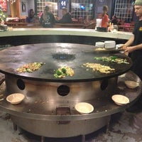 Photo taken at BD's Mongolian Barbeque by Darrin R. on 12/9/2012