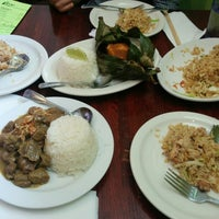Photo taken at Lime Tree Southeast Asian Kitchen by Joao O. on 6/14/2014