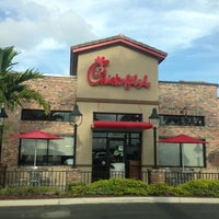 Photo taken at Chick-fil-A Doral by Carlos R. on 4/17/2013