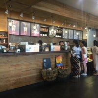 Photo taken at Starbucks by Bae I. on 8/6/2016