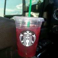 Photo taken at Starbucks by Almadeseneca on 8/14/2013